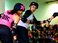 20140208-RollerDerby-ONTvsTO_001340_1000px